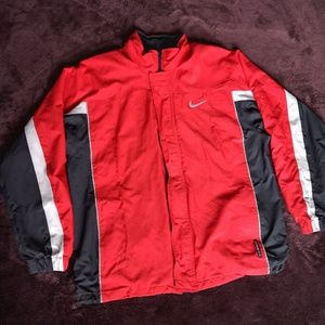 NIKE Storm Fit